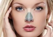 Вторичная коррекция носа необходима для устранения деформации его формы. Причиной такой деформации обычно бывают травмы, неудачная первичная операция, или порок развития органа.