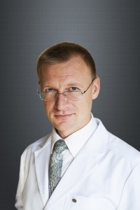 Пластический хирург Николай Ушаков